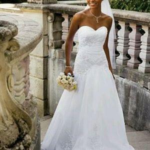 David's Bridal size 8 Wedding Dress